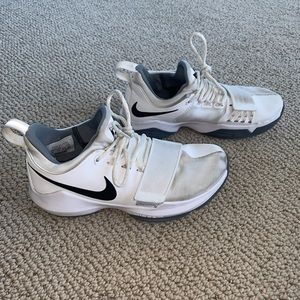 Women's PG 1's Nike ID basketball shoes